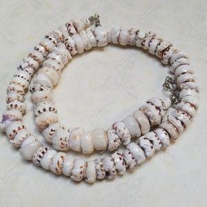 Vintage Hawaiian Puka shell Necklace Hippie Boho